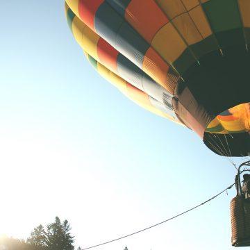 hot-air-balloon-401545_1280