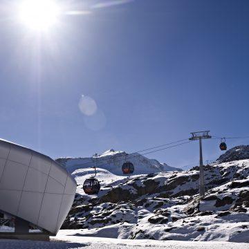 pitztaler.gletscherbahn_talstation_gegenlicht_wildspitzbahn
